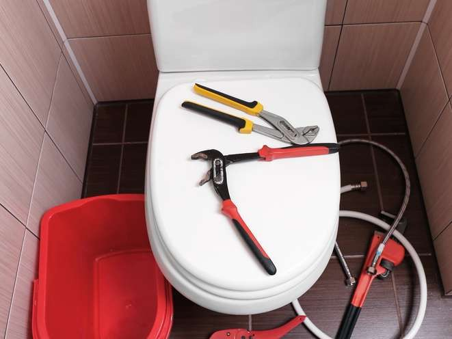 How much does it cost to repair a running toilet?