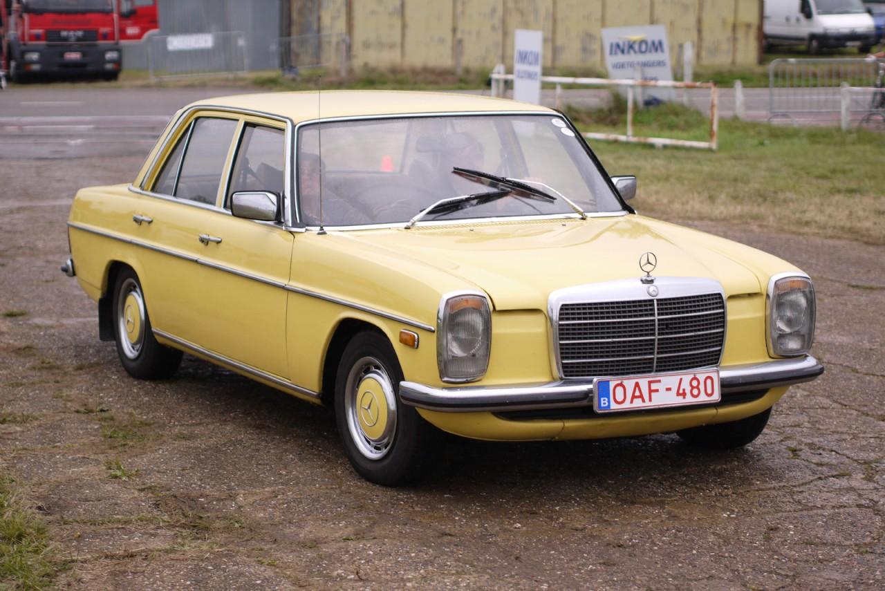 Mercedes-Benz 220D, circa 1974, Schaffen Diest, Fly-Drive