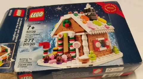 LEGO Gingerbread House Toys 277 Pieces Lego Toys
